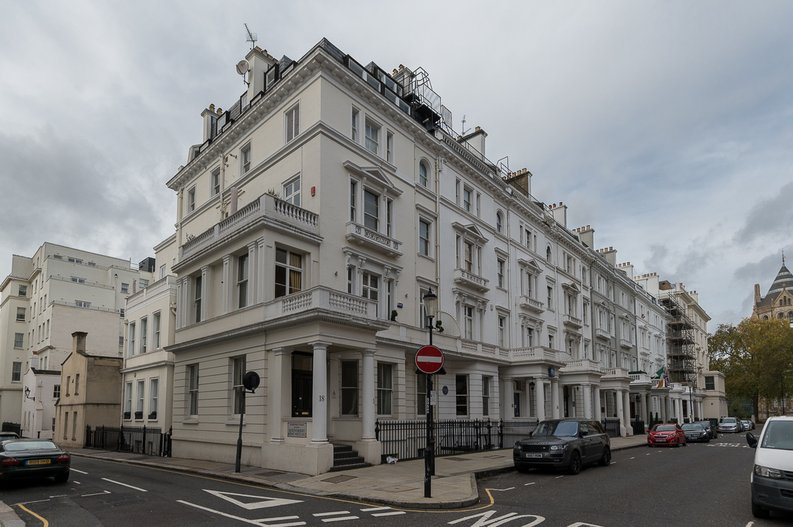 2 bedroom(s) house to sale in Queensberry Place, South Kensington-image 14