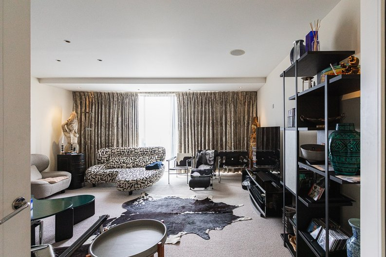 3 bedroom(s) apartment to sale in Cromwell Road, South Kensington, London-image 31