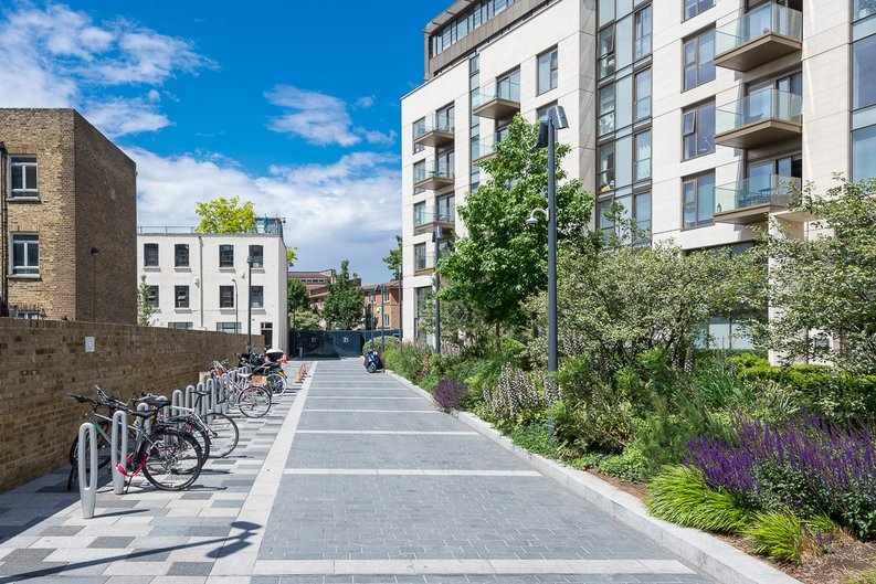 1 bedroom(s) apartment to sale in Block Three, Lillie Square, Lillie Road , Earls Court-image 4