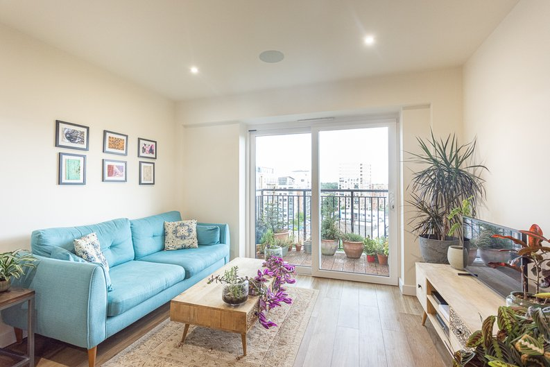 1 bedroom(s) apartment to sale in Beaufort Square, Colindale, London-image 4