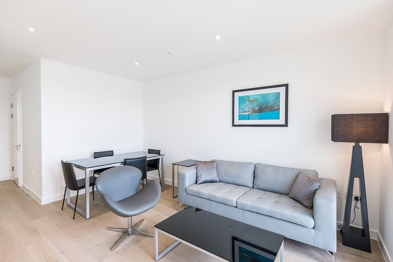 1 bedroom(s) apartment to sale in Maltby House, 2 Ottley Drive, London-image 2