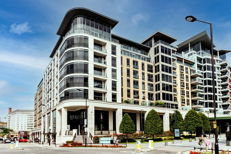 1 bedroom(s) apartment to sale in Townmead Road, Imperial Wharf, London-image 12