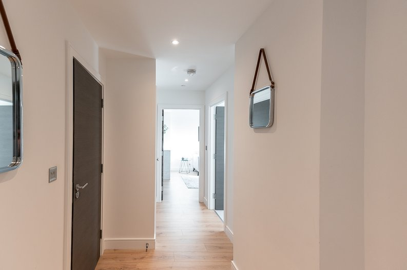 2 bedroom(s) apartment to sale in Glenthorne Road, Hammersmith, London-image 14