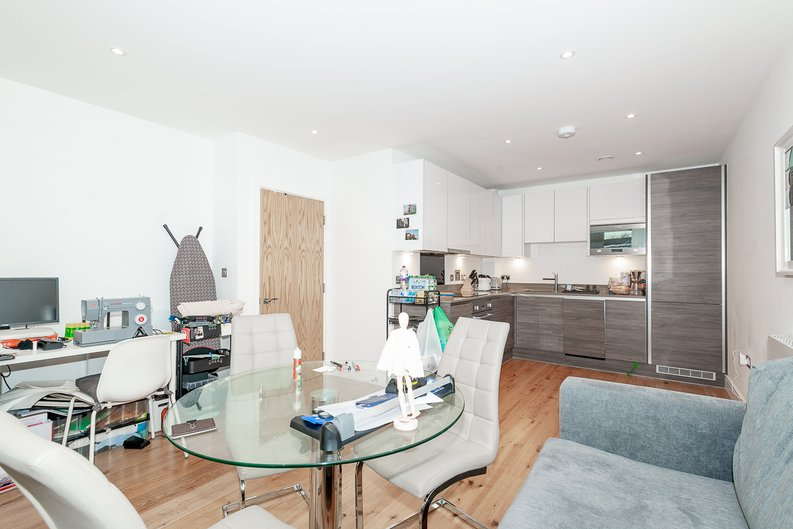 1 bedroom(s) apartment to sale in Aurora Point, 2 Winchester Square , London-image 7