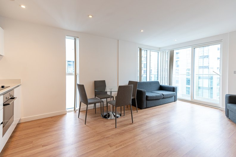 2 bedroom(s) apartment to sale in Goodchild Road, Woodbury Down, London-image 1