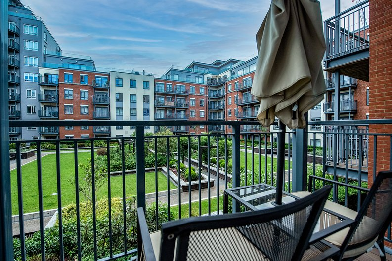 1 bedroom(s) apartment to sale in Eldon House, Beaufort Park, Colindale-image 5
