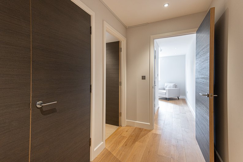 1 bedroom(s) apartment to sale in Iverson Road, West Hampstead, London-image 8