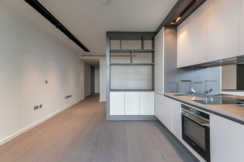 Studio apartment to sale in One Park Drive, Canary Wharf, London-image 11