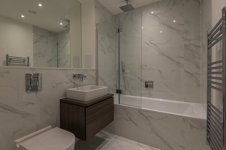 2 bedroom(s) apartment to sale in The Avenue, Brondesbury Park, London-image 5