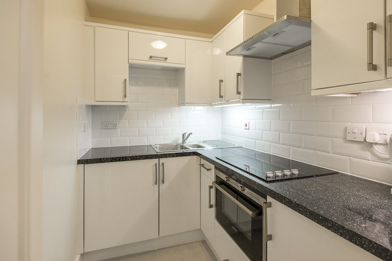 1 bedroom(s) apartment to sale in Garrick House, Carrington Street, Mayfair-image 2