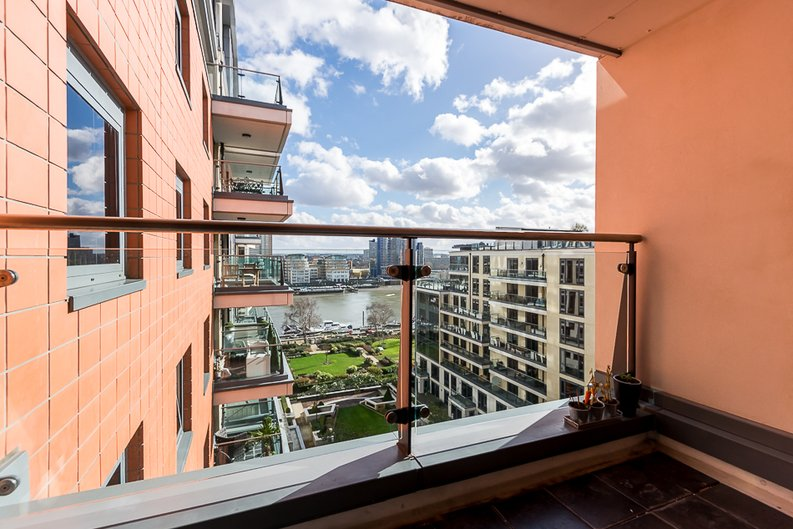 2 bedroom(s) apartment to sale in Fountain House, The Boulevard, Imperial Wharf, Fulham-image 1