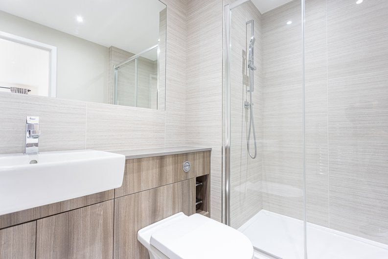 2 bedroom(s) apartment to sale in Aerodrome Road, Colindale, London-image 9