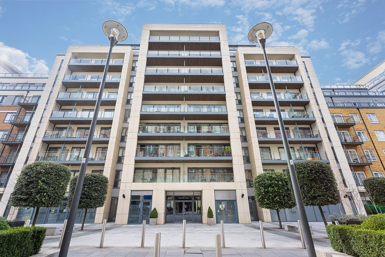 Studio apartment to sale in Boulevard Drive, Colindale, London-image 11