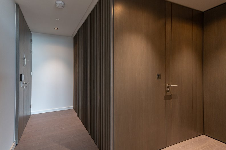 Studio apartment to sale in One Park Drive, Canary Wharf, London-image 7