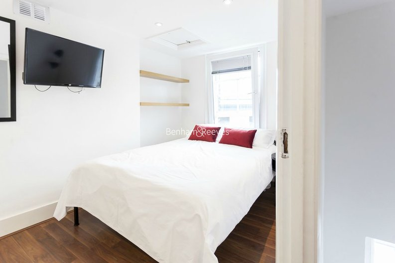 3 bedroom(s) house to sale in Endell Street, Covent Garden, London-image 13