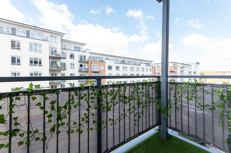 1 bedroom(s) apartment to sale in Curtiss House, 27 Heritage Avenue, Beaufort Park, London-image 12