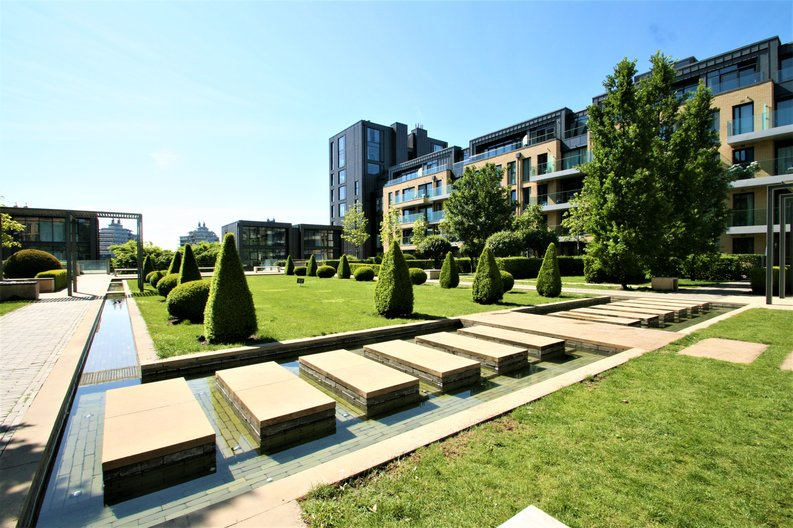2 bedroom(s) apartment to sale in Westbourne Apartments, 5 Central Avenue, Fulham , London-image 15