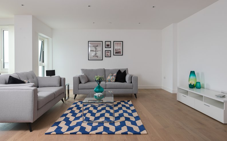 2 bedroom(s) apartment to sale in Longfield Avenue, Ealing, London-image 11