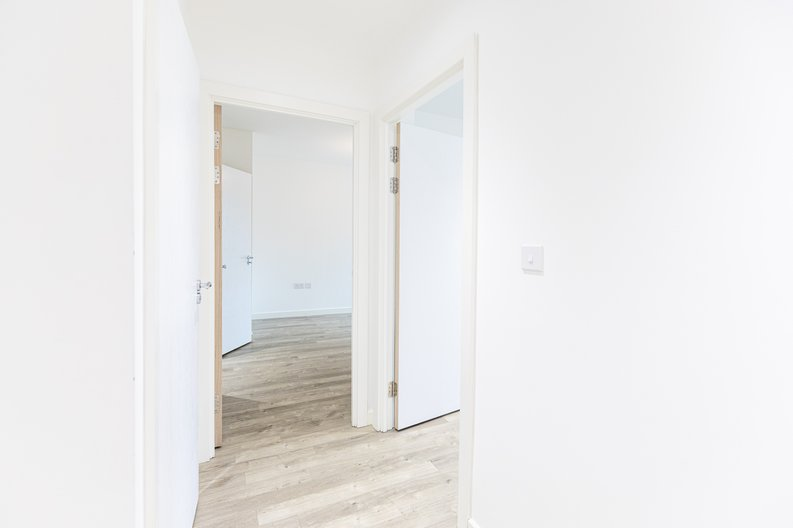 2 bedroom(s) apartment to sale in 33 Olympic Way, Greater London, Wembley-image 16