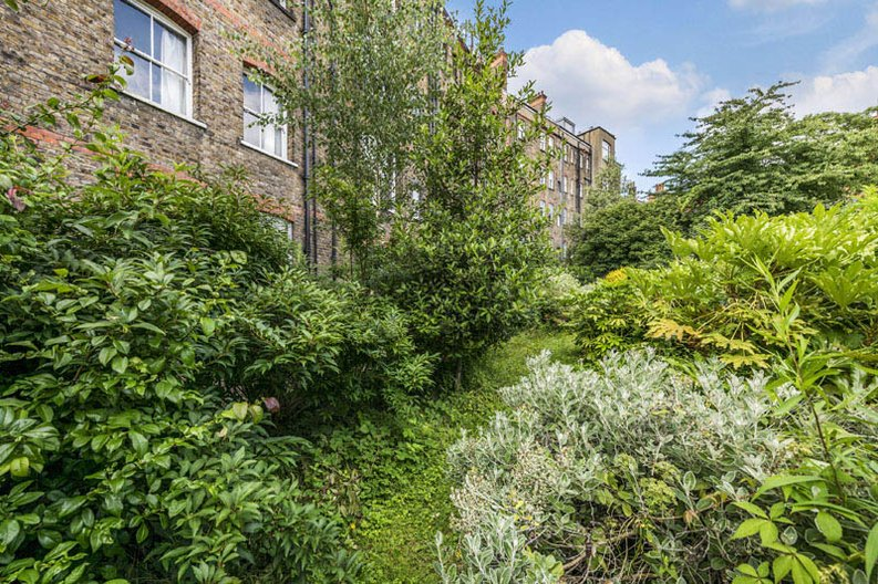 5 bedroom(s) apartment to sale in Rosslyn Mansions, Goldhurst Terrace, South Hampstead, London-image 8