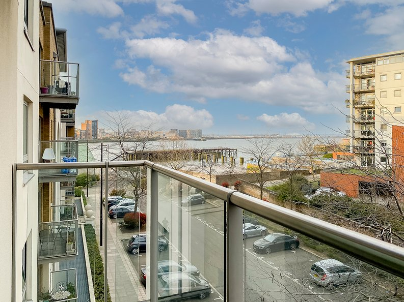 2 bedroom(s) apartment to sale in Building 50, Argyll Road, Royal Arsenal Riverside , London-image 7