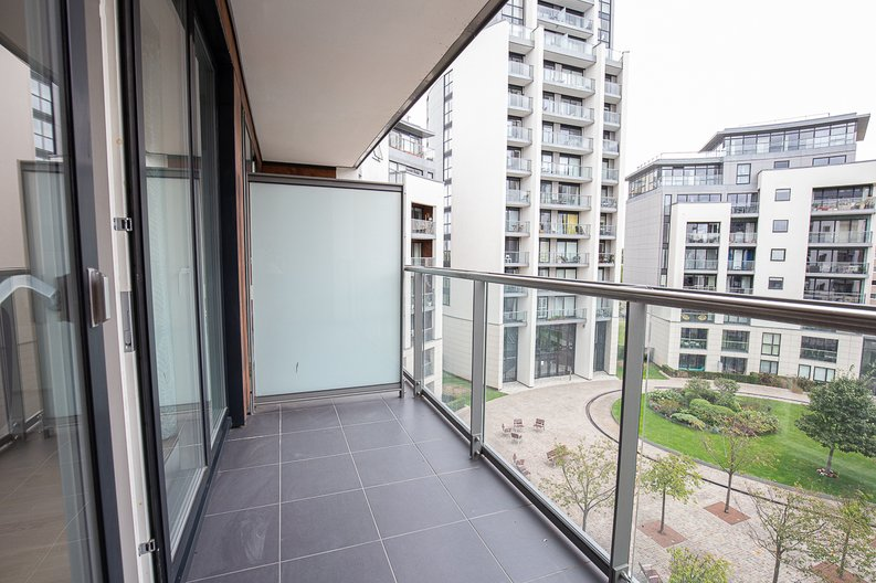 1 bedroom(s) apartment to sale in Bridgeman House, Pump House Crescent, Brentford-image 8