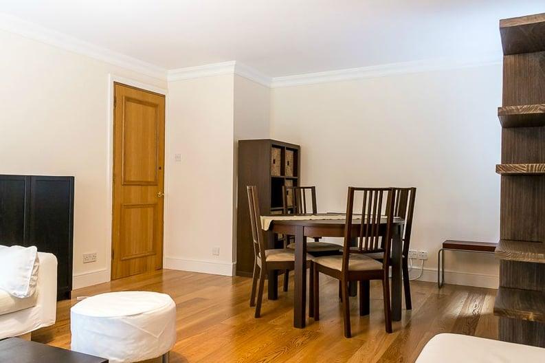 2 bedroom(s) apartment to sale in Scotts Sufferance Wharf, 5 Mill Street, Bermondsey-image 8