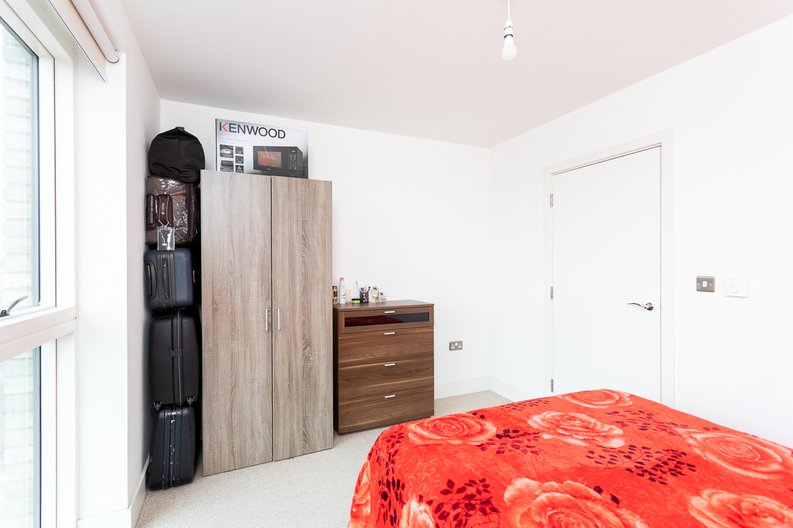 2 bedroom(s) apartment to sale in Bodiam Court, Park Royal-image 10