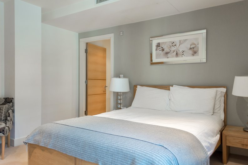 2 bedroom(s) apartment to sale in Regal House, Lensbury Avenue, Imperial Wharf, London-image 13
