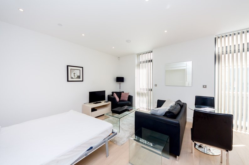 Studio apartment to sale in Kensington Apartments, 11 Commercial Street, Spitalfields , London-image 1