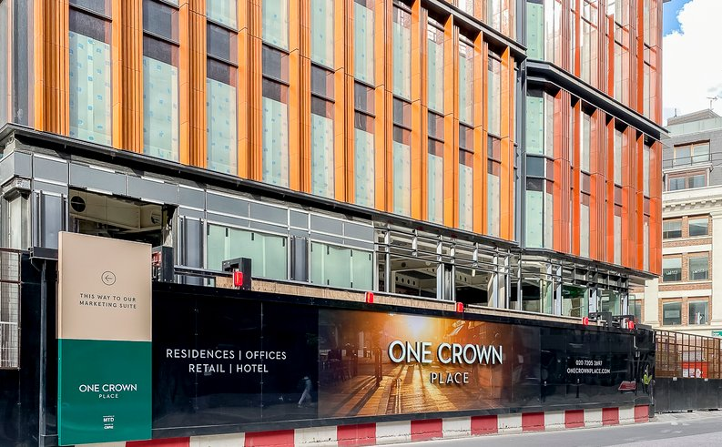 1 bedroom(s) apartment to sale in One Crown Place, Shoreditch, London-image 2