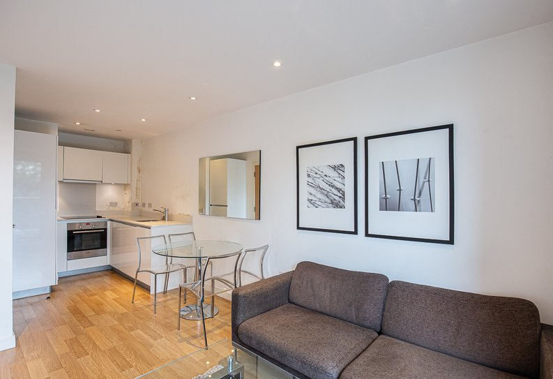 1 bedroom(s) apartment to sale in Riverside Apartments, , Goodchild Road, London-image 2
