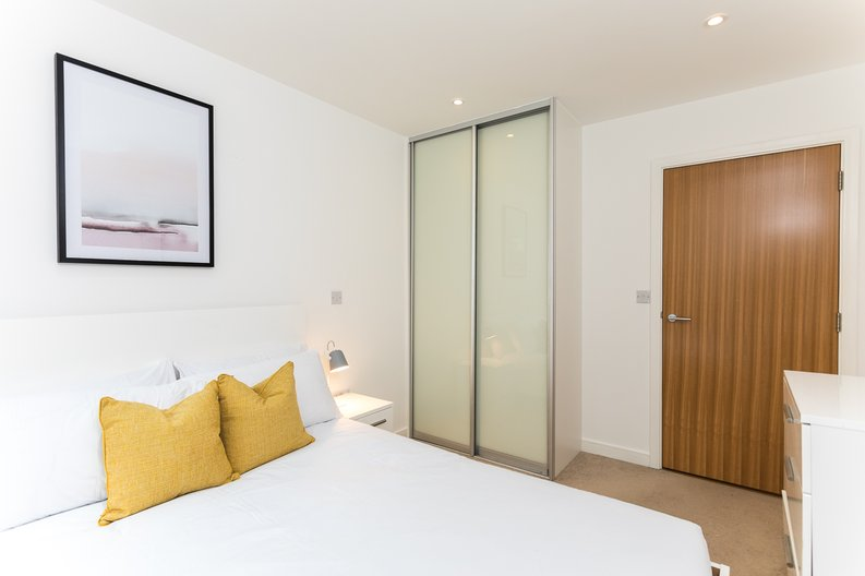 1 bedroom(s) apartment to sale in Riverside Apartments, Goodchild Road, Woodberry Down, Manor House-image 10