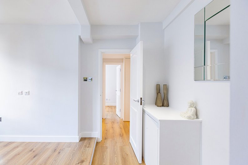 1 bedroom(s) apartment to sale in Chelsea Cloisters, Sloane Avenue, Chelsea-image 17