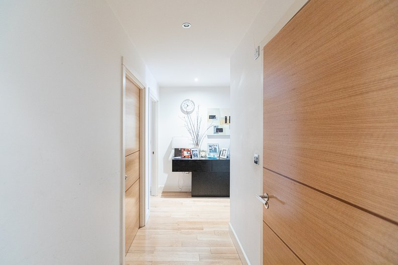 3 bedroom(s) apartment to sale in Lensbury Avenue, Imperial Wharf, London-image 12