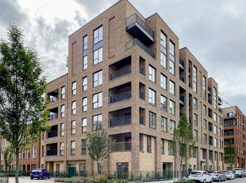 2 bedroom(s) apartment to sale in Maple House, 45 Lismore Boulevard, London-image 13