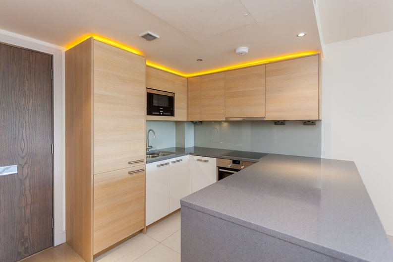 1 bedroom(s) apartment to sale in Octavia House, Townmead Road , Fulham-image 2