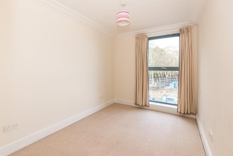 2 bedroom(s) apartment to sale in Chelsea Gate Apartments, 93 Ebury Bridge Road, Sloane Square-image 4