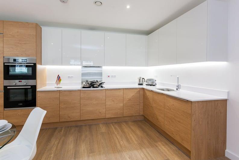3 bedroom(s) apartment to sale in Endeavour House, Ashton Reach, Surrey Quay, London-image 1