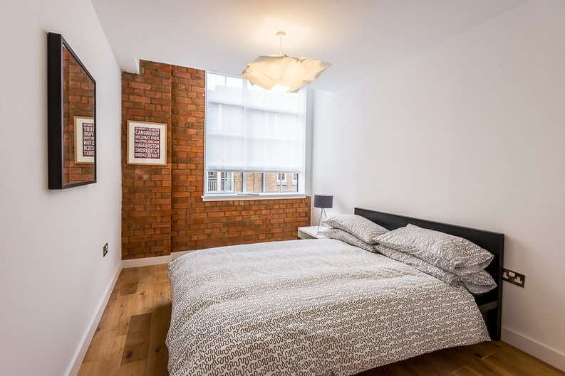 2 bedroom(s) apartment to sale in Rococco House, 65 Princelet Street, Spitalfields-image 6