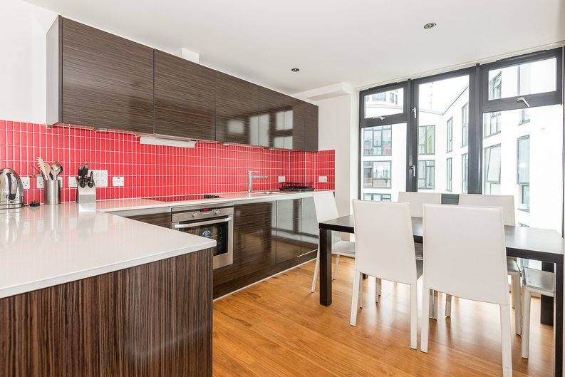 2 bedroom(s) apartment to sale in Westland Place, Hoxton-image 2