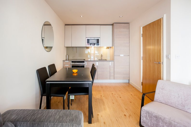1 bedroom(s) apartment to sale in Croft House, 21 Heritage Avenue, Beaufort Park , London-image 7