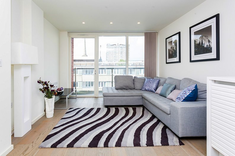 1 bedroom(s) apartment to sale in Worcester Point, Central Street, Clerkenwell, London-image 8