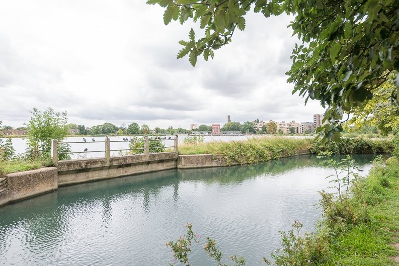 2 bedroom(s) apartment to sale in Goodchild Road, Woodberry Down, London-image 22