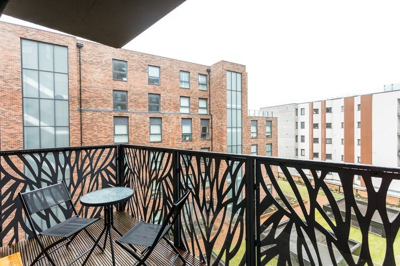 1 bedroom(s) apartment to sale in Cityview Point, Leven Road, Poplar-image 10