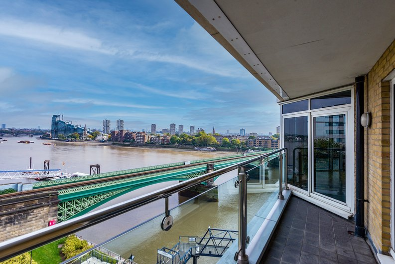 3 bedroom(s) apartment to sale in Waterside Tower, The Boulevard, Imperial Wharf, London-image 5