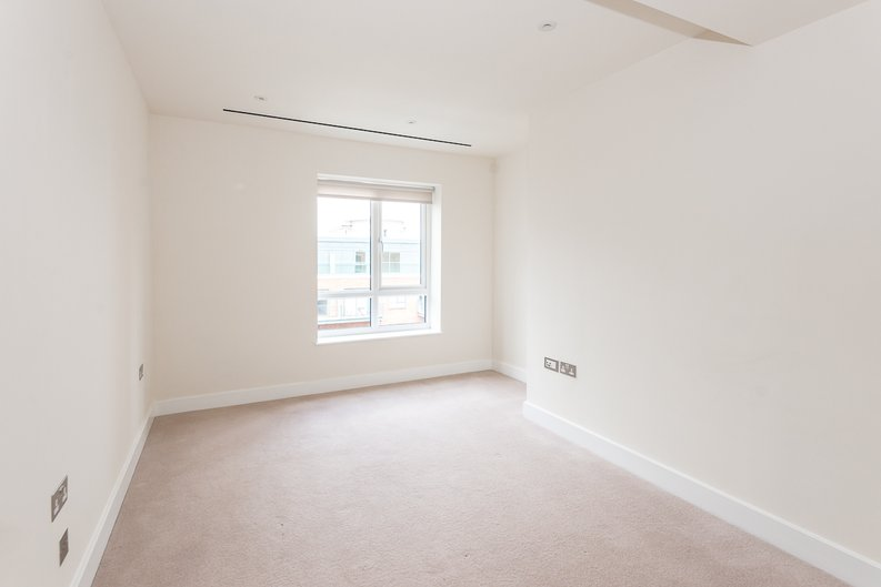 3 bedroom(s) apartment to sale in Carvell House, 22 Aerodrome Road, Beaufort Park, Colindale-image 7