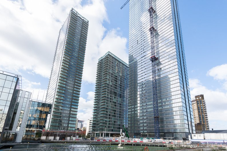 2 bedroom(s) apartment to sale in Landmark Pinnacle, 15 Westferry Road, Canary Wharf-image 2