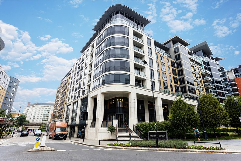 1 bedroom(s) apartment to sale in Townmead Road, Imperial Wharf, London-image 1