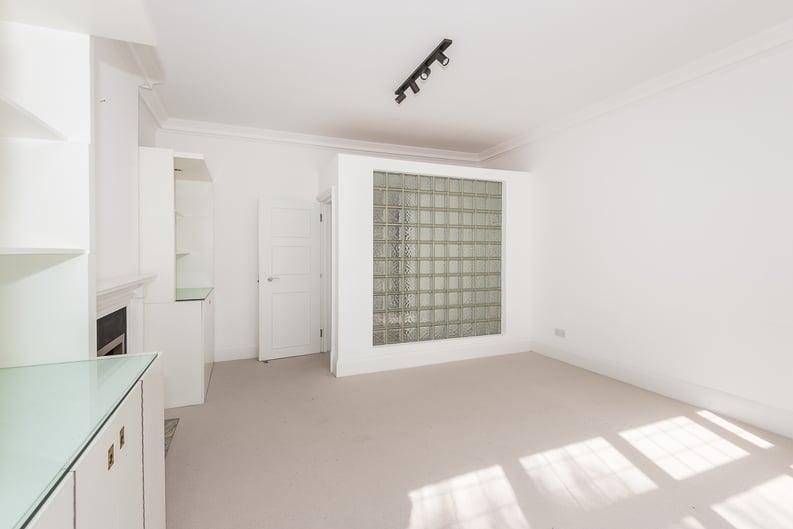 2 bedroom(s) apartment to sale in Eldon Grove, Hampstead, London-image 13